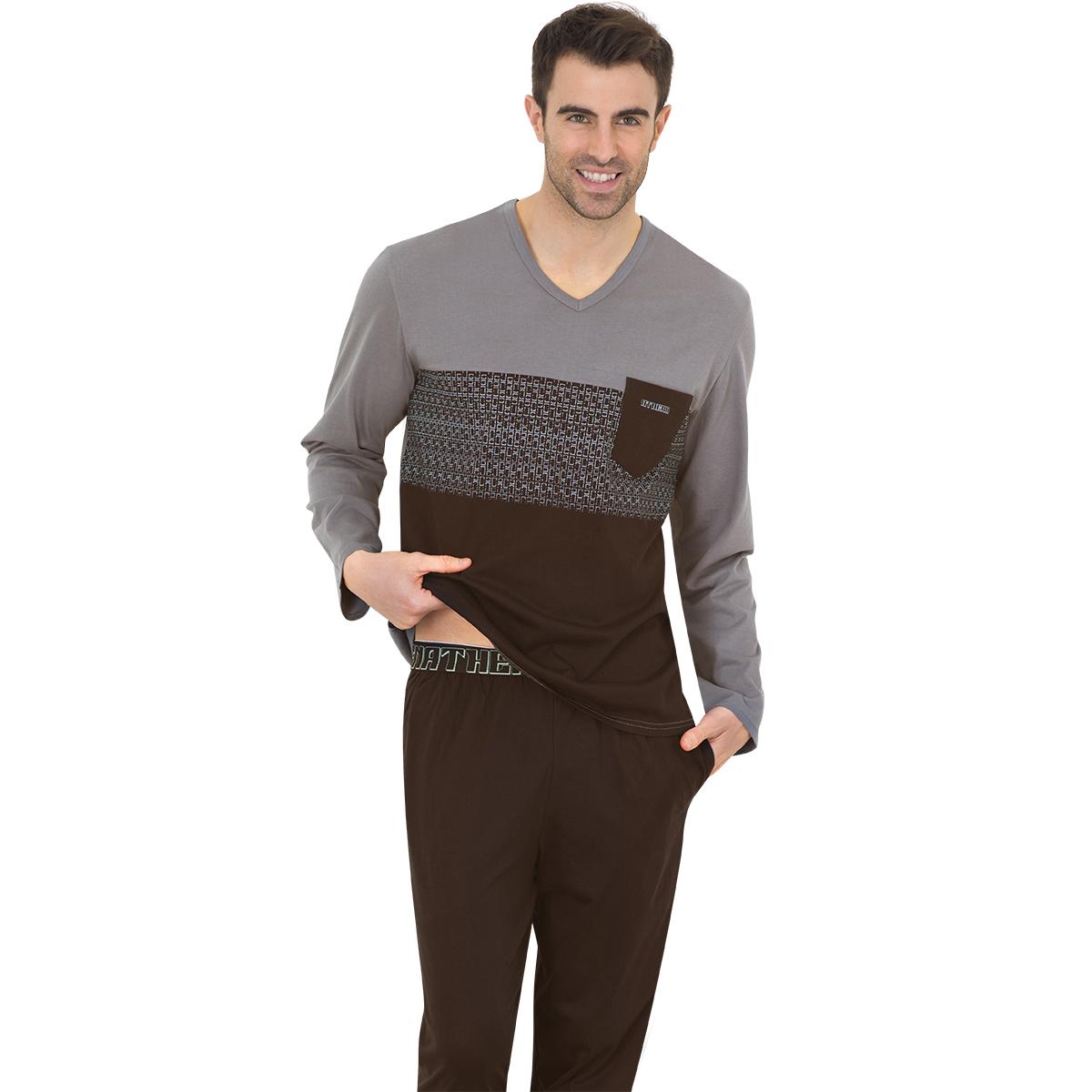 Pyjama long homme Chic Athena. Pyjama long col V ATHENA homme noir et gris:    Ce pyjashort de la marque Athena est un vêtement de nuit alliant